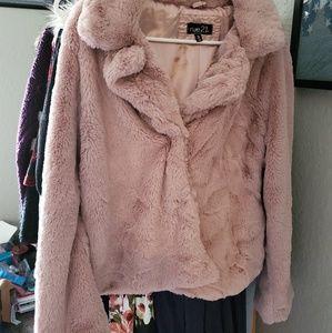 Faux fur dusty pink jacket